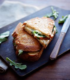 Apple Cheddar Grilled Cheese Sandwiches from Foodess.  Rainbow Delicious Meal Plan Fall Week 8.