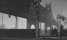Manhattan, this is an actual screen grab from the film. This is not the famous still taken by Brian Hamill. DOP for the film was Gordon Willis.