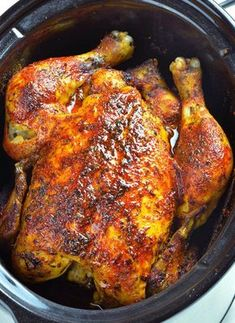 Whole chicken cooked in a slow cooker. Slow Cooker Rotisserie Chicken recipe is easy and healthy way to make homemade rotisserie style chicken! Delicious homemade rotisserie chicken can be served as the main course or shredded and used for another recipe. Crock Pot Recipes, Cooking Recipes, Cooking Games, Keto Recipes, Cooking Classes, Recipes Dinner, Cooking Ideas, Fish Recipes, Cooking Pasta