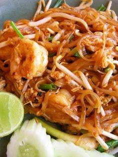 Padthai ( stir fried noodle with tamarind sauce) - ♥ ♥ Visit us on www.Facebook.com/CrazyCajunLiving ♥ ♥
