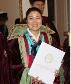 정회영 한호전 명예교수, 국내최초 와인 3관왕 기사작위 수여