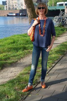Another outfit with the orange brogues flats, and other fun orange accessories. I love mixing navy and orange.