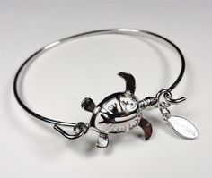 BEACH FASHION RHODIUM NAUTICAL DECORATIVE SEA TURTLE SEA LIFE BANGLE BRACELET
