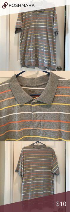 Men's Casual Polo Shirt 😊 Old Navy Men's Casual Polo Shirt. 💯 Cotton. Gently worn. 😊 Old Navy Shirts Polos