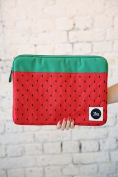 "Canvas Laptop Case 15"" Strawberry Embroidery http://www.thewhitepepper.com/collections/bags/products/canvas-laptop-case-15-strawberry-embroidery"