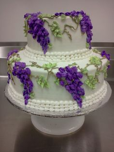 Purple Wisteria wedding cake, all piped buttercream, uploaded by Laurieg on CakeCentral Round Wedding Cakes, Wedding Sweets, Wedding Cakes With Flowers, Cake Piping, Buttercream Cake, Pretty Cakes, Beautiful Cakes, Stunningly Beautiful, Wisteria Wedding