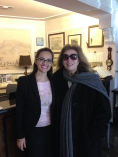 Patrizia & Iva Zanicchi alla reception  www.hotel-posta.it