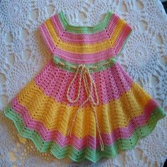 Baby Crochet Patterns Part 33 - Beautiful Crochet Patterns and Knitting Patterns Crochet Baby Dress Pattern, Baby Dress Patterns, Baby Girl Crochet, Crochet Baby Clothes, Baby Knitting Patterns, Crochet Patterns, Childrens Coats, Vestidos Bebe Crochet, Crochet Baby Costumes