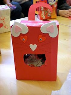 kitty valentine box.   Change the colors to look like hello kitty