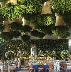 Vintage Restaurant New York That Will Make Your Day Brighter! Interesting feature for restaurant decor. Hanging roof plants and a tropical green wall.Interesting feature for restaurant decor. Hanging roof plants and a tropical green wall.