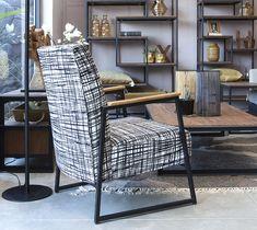 כורסא מעוצבת בריפוד בהתאמה אישית
