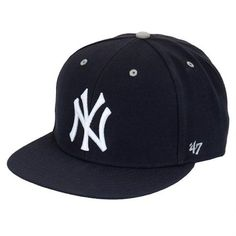 Yankees Snapback - Men's Spring Outfits Under $150 | Complex