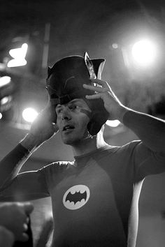 Adam West Batman preparing to embody in the television series of the 60s.