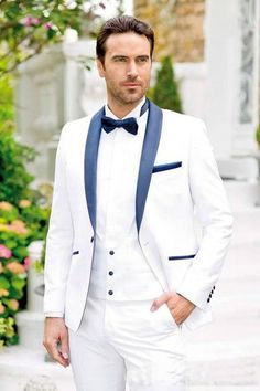 2018 New Design Men Wedding Suits Groom Formal Suit One Buttons Burgundy Tuxedo Jacket Men Suit 3 Pieces Costume Homme Prom Suits For Men, Formal Dresses For Men, Dress Suits For Men, Mens Suits, Men Dress, Groom Tuxedo Wedding, Wedding Suits, White Tuxedo Wedding, Prom Tuxedo