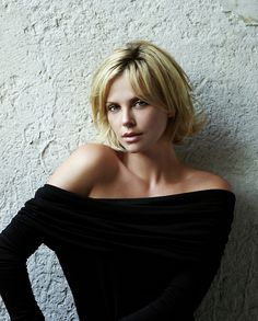 Charlize Theron...love this cut, wonder if I could pull it off?