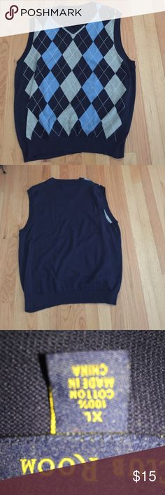 Men's Sweater Vest New w/o Tag New and never worn/ perfect condition  navy blue,light blue & grey argyle ,  great for under a suit on chilly days or with khakis / denim size size XL - impeccable as never worn Club Room  Sweaters V-Neck