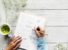Expand your design skills by venturing into the world of hand lettering design. Matcha, Hobbies To Pick Up, Rc Hobbies, Design Brochure, Inspirational Text, Brand Fonts, Hobby Horse, Weight Loss Tea, Lose Weight