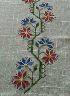 This Pin was discovered by Mür Cross Stitch Floss, Cross Stitch Borders, Cross Stitch Charts, Cross Stitch Embroidery, Hand Embroidery, Cross Stitch Patterns, Embroidery Patterns Free, Embroidery Designs, Craft Stick Crafts