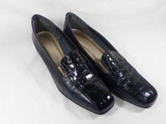 Womens shoes CALIFORNIA MAGDESIANS Navy Leather stretch croc gator pumps sz 8 M