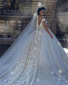 Imagem de bride and dress