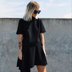Can't go wrong with a simple black dress like the @cmeocollective 'Taking Back' Dress easy to take from day to night! In store & online at lookbookboutique.com.au  RG via @theblackwall  #cmeocollective #australianblogger #ausfashionlabels #lookbookboutique #newarrivals #fashion #boutique #streetwear #streetstyle #streetfashion #albury #alburyboutique #style