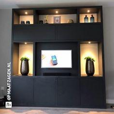 Maatwerk-Vakkenkast-TV-meubel-MDF-Blank-Mitchell-Foto-4-OPMAATZAGEN.nl Fireplace Bookcase, Modern Tv Wall Units, Creation Homes, Dental Office Design, Tv Furniture, Bedroom Closet Design, Living Room Shelves, Diy Kitchen Storage, Home Interior Design