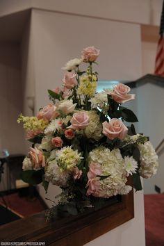 Beautiful arrangement for the church ceremony #flowersbyon #weddings #flowers