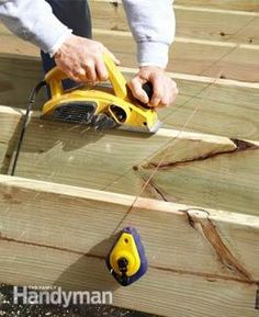 Expert deck builders show you how to build a deck with composites and other rot-resistant materials for longevity. Your deck will also look better and require less maintenance. Deck Footings, Deck Railings, Roof Deck, Concrete Footings, Under Deck Roofing, Platform Deck, Easy Deck, Dyi Deck, Deck Repair