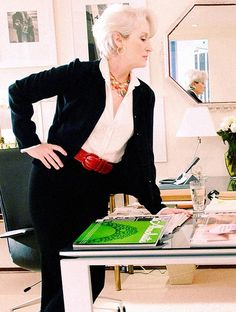 "Streep made a conscious decision not to play the part as a direct impression of Wintour,right down to not using an accent and making the character American rather than English (""I felt it was too restricting"").""I think she wanted people not to confuse the character of Miranda Priestly with Anna Wintour at all,"" said Frankel. ""And that's why early on in the process she decided on a very different look for her and a different approach to the character."" from wiki"