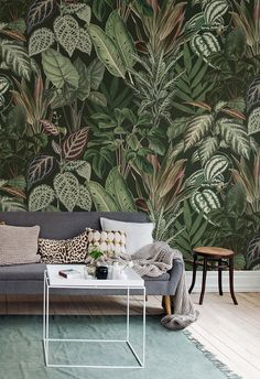 🌱 MISCHIEVOUS MONKEYS 🌱 The depth in this lush green wall mural creates a sheltered glade and great platform for small secrets and big… Botanical Wallpaper, Modern Wallpaper, Room Wallpaper, Designer Wallpaper, Wallpaper Jungle, Leaves Wallpaper, Wallpaper Online, Photo Wallpaper, Casa Milano
