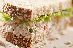 Rustic Tuna Sandwich A tuna salad sandwich with a hint of sesame mayo on rustic bread. Best Sandwich, Sandwich Recipes, Salad Sandwich, Rustic Bread, Tuna Salad, Sandwiches, Healthy, Easy, Japanese