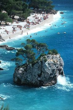 Brela Croatia in Croatia # Adriatic sea coast # Croatian coast Next year.we are going here :) Places To Travel, Places To Visit, Tourist Places, Amazing Destinations, Travel Destinations, Best Beaches In Europe, Croatian Coast, Travel Photographie, Croatia Travel Guide