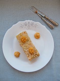 He aquí el pastel de pescado más rico del mundo. O al menos eso es lo que me parece a mí, que como bien sabéis soy muy gourmet. En Navidades sobre todo, en casa, recuerdo haber comido muchas veces el famoso pudding de cabracho, delicioso también, pero con mi emancipación y sobre todo mi mudanza...Leer más »