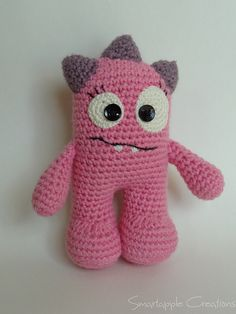 Girly amigurumi monster