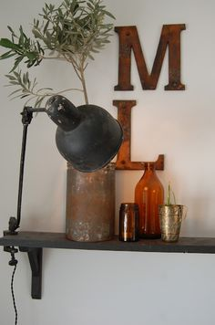 vintage clamp-on light for shelf