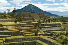 Cantona (House of the sun) archaeological site. Puebla, México