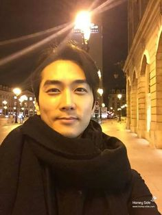 Song Seung-heon (송승헌) - Picture @ HanCinema :: The Korean Movie and Drama Database Asian Celebrities, Asian Actors, Korean Actors, Celebs, Korean Dramas, Korean Men, Asian Men, Song Seung Heon, Dr Jin