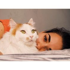 Insta Photo Ideas, Turkish Actors, My Princess, Selena, Bff, Beauty Makeup, Cats, Kisses, Turkey