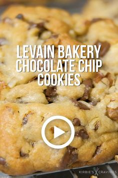 These cookies are a copycat of the famous Levain Bakery Chocolate Chip Walnut Cookies. Chocolate Chip Walnut Cookies, Chocolate Cookie Recipes, Easy Cookie Recipes, Sweet Recipes, Dessert Recipes, Pumpkin Recipes, Recipes Dinner, Recipes With Chocolate Chips, Doubletree Chocolate Chip Cookie Recipe