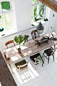 Dining room: long rustic timber dining table with six mismatched vintage chairs, white floorboards, long radiator Timber Dining Table, Dining Area, Long Narrow Dining Table, Small Dining, Rustic Table, Dining Tables, Wood Table, Rustic Wood, Dining Room Design