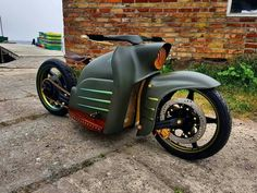 I love it! motorcycles and scooter Custom Moped, Custom Motorcycles, Custom Bikes, Cars And Motorcycles, Motorcycle Design, Bike Design, Scooters, Simson Moped, Karts