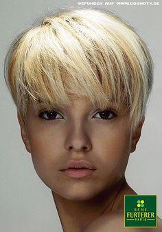 Chic Short Hair, Cute Hairstyles For Short Hair, Retro Hairstyles, Short Hair Cuts, Short Hair Styles, Blonde Pixie Cuts, New Hair Do, Cool Blonde Hair, Pastel Hair