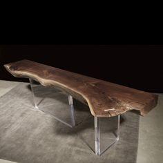 Driftwood furniture radiates a rustic charm - 25 ideas Art Furniture, Hudson Furniture, Driftwood Furniture, Acrylic Furniture, Furniture Legs, Unique Furniture, Furniture Design, Log Table, Wood Slab