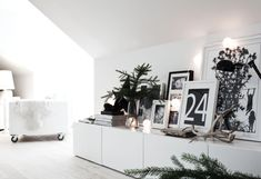 pure white contemporary Christmas decoration with touches of black and natural spruce - (Besta storage from Ikea) The Paper Mulberry: Living Room Interior, Home Living Room, Apartment Living, Living Room Decor, Living Spaces, Objet Deco Design, Home Decoracion, My New Room, Interiores Design
