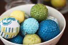 decorar bolas com tachinhas