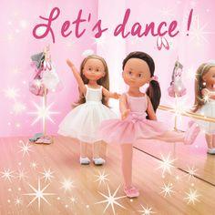 1,2,3...1,2,3... Pour la journée internationale de la #danse, enfilez vite vos #ballerines pour rejoindre #Camille et #Chloé sur le parquet ! Retrouvez toutes les #Cheries sur le site de #Corolle !