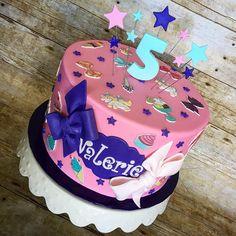 Jojo Siwa Birthday Cake, 15th Birthday Cakes, 7th Birthday Party Ideas, Birthday Cake Girls, 4th Birthday, Bow Cakes, Cupcake Cakes, Lol Doll Cake, Girly Cakes
