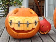 My Friend's Dad Is A Dentist. This Is His Pumpkin For Halloween