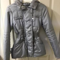 Dollhouse grey puffy jacket New without tags and never been worn Dollhouse Jackets & Coats Puffers