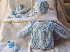 Laetiquetadelana Tutorials: booties for babies Knitting For Kids, Baby Knitting Patterns, Baby Patterns, Knit Or Crochet, Crochet Baby, Baby Coat, Knitted Coat, Baby Boutique, Cute Baby Clothes